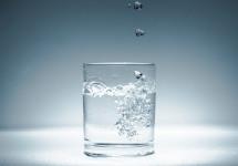 Verre d'eau. © Image In Live - CC By-NC 2.0